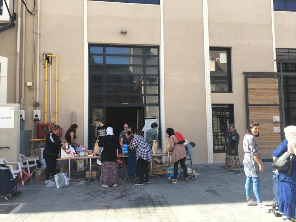 Entraide. Distribution alimentaire pendant le confinement