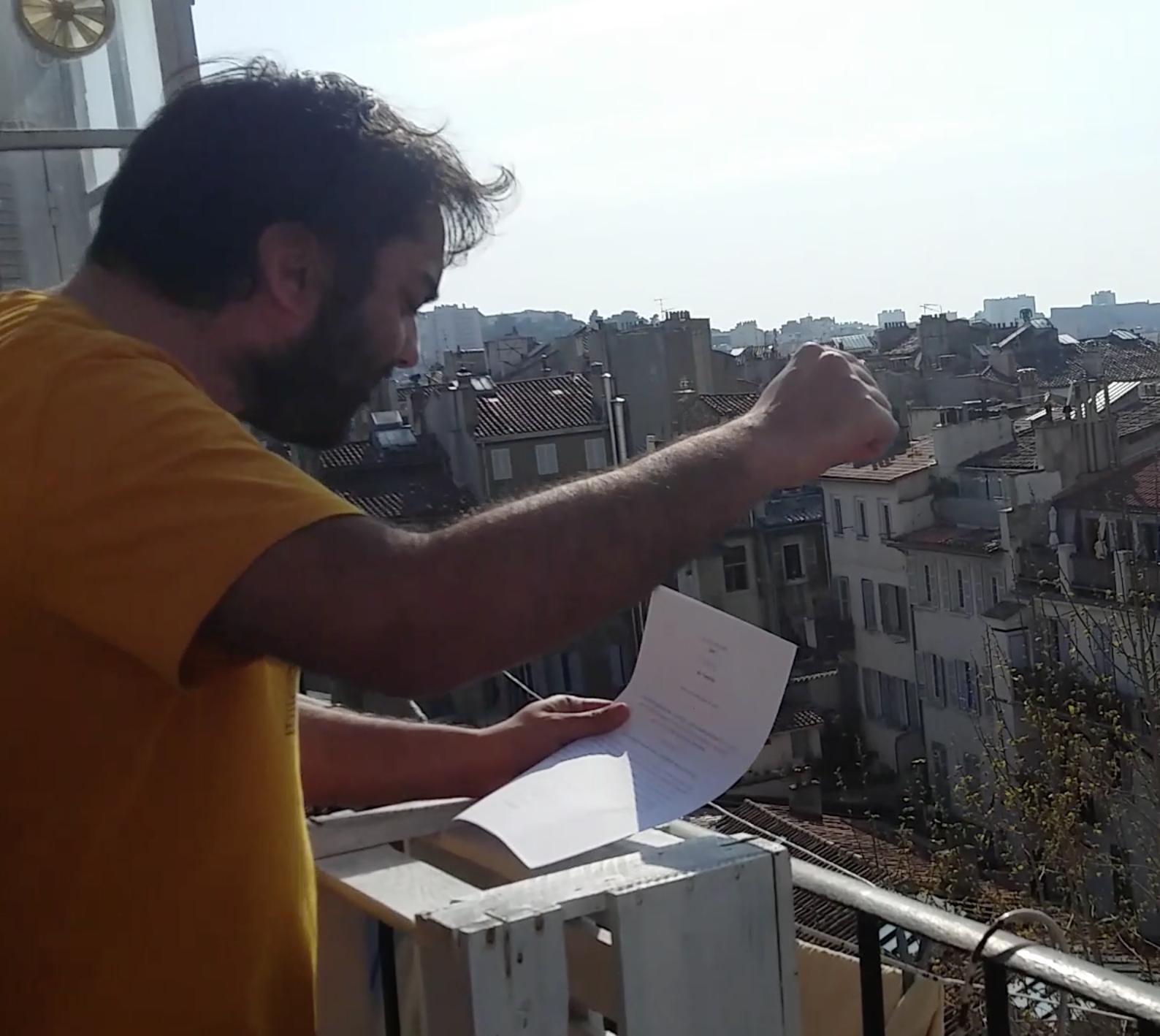 Poésie au balcon | Participation de Marien Guillé